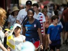 Les supporters américains envahissent les rues de Lyon. AFP