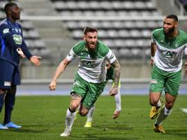 Saint-Étienne renverse le Paris FC dans la douleur. AFP