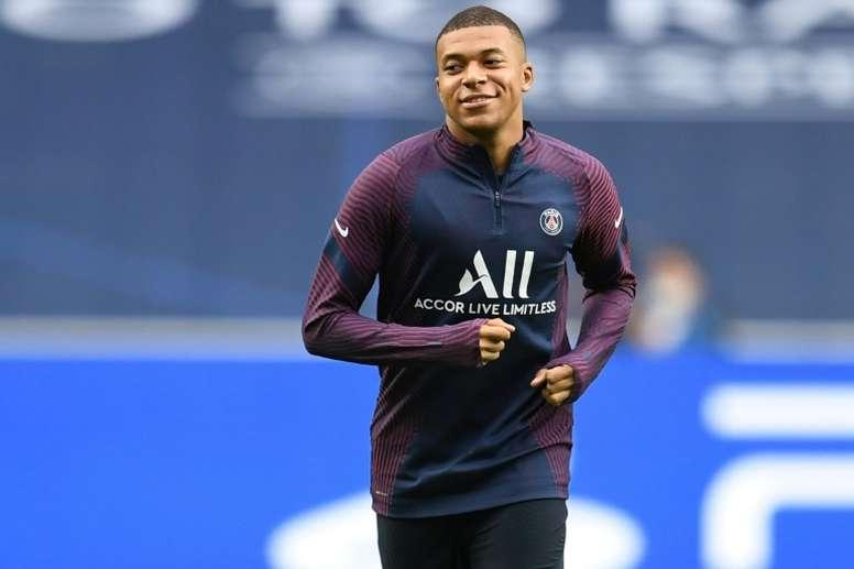 En Francia ya ven a Mbappé fuera del PSG en 2021. AFP