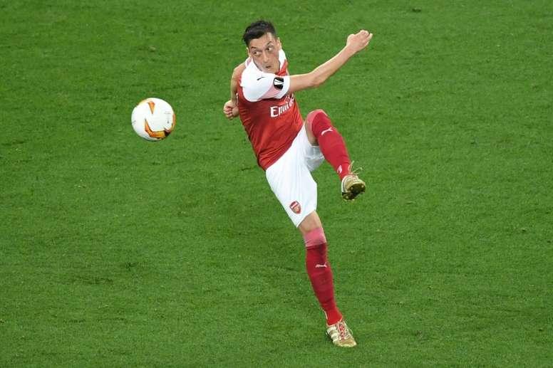 El agente de Özil habló de su futuro. AFP