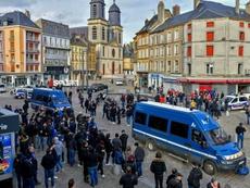 Incidents à Sedan en marge d'un match Sedan-Bastia, six blessés dont un grave. AFP