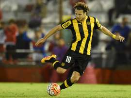 Diego Forlán estará en Noche Amarilla de Barcelona ante el Juan Aurich peruano. AFP
