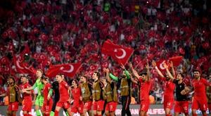 L'équipe turque lors de la victoire sur la France à Konya. AFP