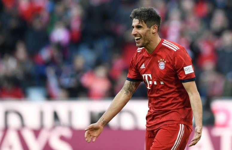 Javi Martínez, satisfechos con la victoria. AFP