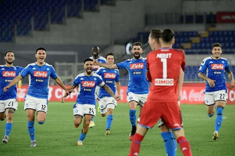 El Nápoles ganó su sexta Coppa Italia. AFP