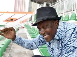 L'ex-international ivoirien Emmanuel Moh dans les tribunes du stade d'Abidjan. AFP