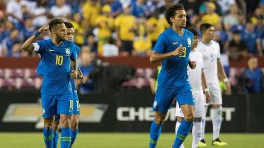 Neymar Jr et Marquinhos a surclassé le Salvador en match amical à Landover. AFP