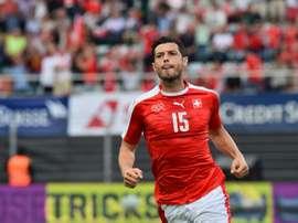 El suizo Dzemaili es nuevo jugador del Bologna. AFP