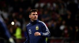 Une enquête d''Olé' confirme que les gens soutiennent Messi. AFP