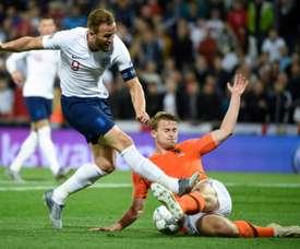 A Holanda venceu a Inglaterra por 3-1 e garante lugar na final contra Portugal. AFP