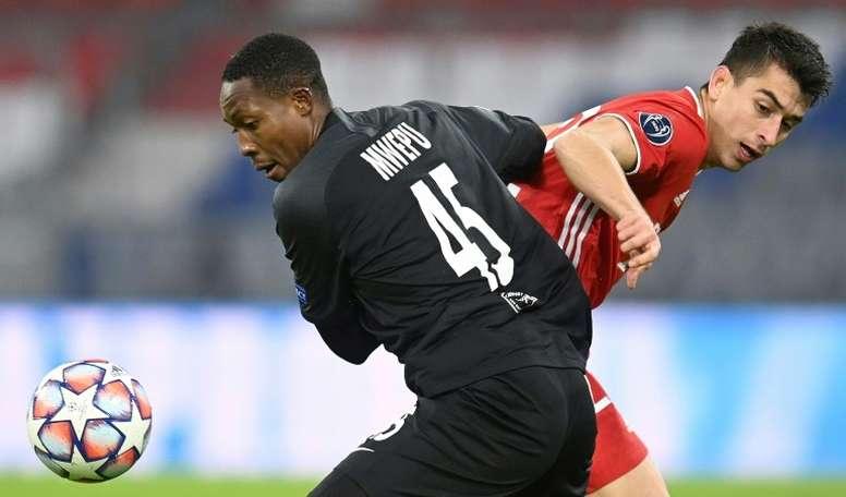 Marc Roca, encantado en el Bayern. AFP