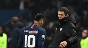 L'attaquant du Paris SG Neymar sort sur blessure. AFP