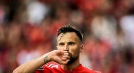 El Benfica hará pruebas a Seferovic, que sufre molestias en su rodilla. AFP
