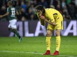 El PSG sucumbió ante el Saint-Étienne y el alirón debe esperar. AFP