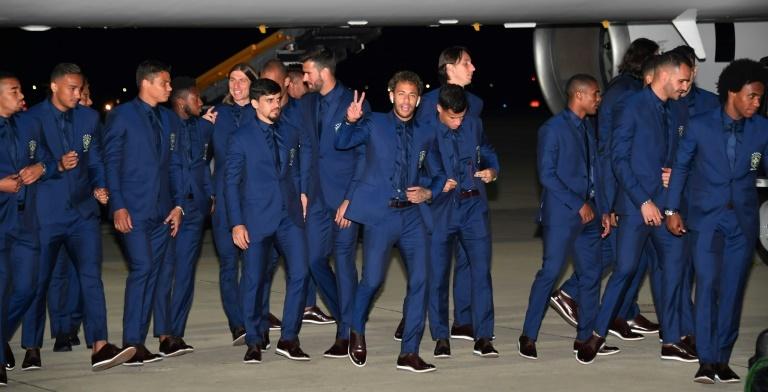 Neymar réintègre le onze de départ du Brésil