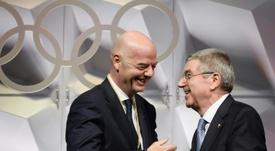 La FIFA salue le report des Jeux Olympiques. AFP