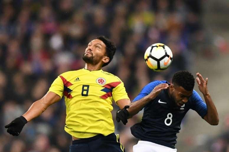 Colombia dio la sorpresa, remontándole un 2-0 a Francia en París. AFP