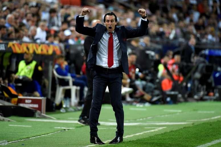 El Arsenal exige entrar en Champions a Emery. AFP