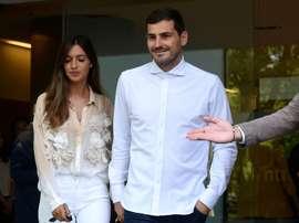 Le gardien du FC Porto Iker Casillas quitte l'hôpital. AFP