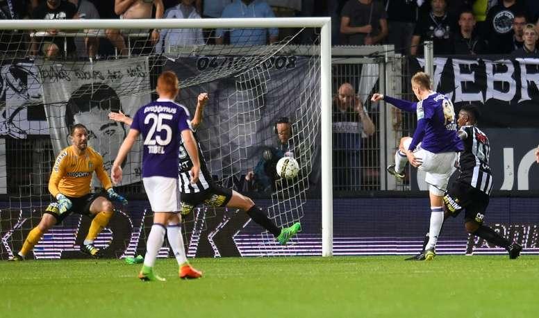 El Anderlecht ha caído en casa contra el Gent. AFP/Archivo