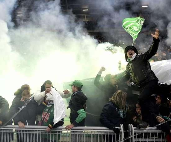 Les supporters de Saint-Etienne lors de la réception de Lyon le 5 novembre 2017. AFP