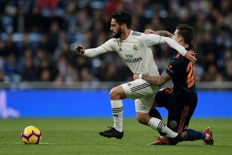 Possible rencontre entre le PSG et l'agent d'Isco. EFE