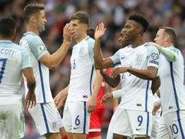 La joie des joueurs de léquipe dAngleterre après le 1er but contre Malte inscrit par Daniel Sturridge (N.9), le 8 octobre 2016 à Wembley