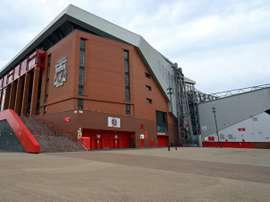 La police locale prête à encadrer les matches de Premier League à Liverpool. AFP