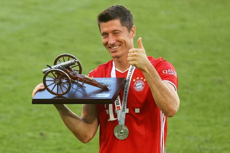 CR7 et Messi, Lewandowski ironise — Bayern