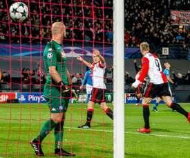 El Feyenoord derrotó al Nápoles por 2-1. AFP