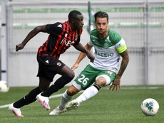 Saint-Etienne domine Nice et monte en puissance. AFP