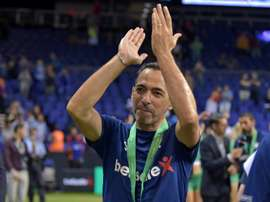 Youri Djorkaeff à l'issue de la finale des Star Sixes. AFP