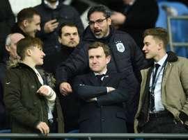 Lentraîneur dHuddersfield David Wagner (c) avant le coup denvoi du match face à Manchester City. AFP