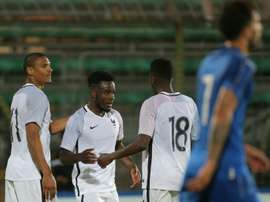 La joie des Bleuets après le but de Maxwell Cornet (au centre) contre lItalie en match amical à Vénise, le 2 juin 2016