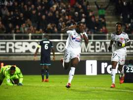 Manzala bisou e ajudou o Amiens a bater o Lille. AFP