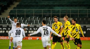 Borussia Dortmund have condeded many goals from set-peices. AFP