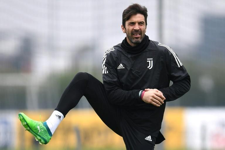 Gianluigi Buffon annonce qu'il quitte la Juventus