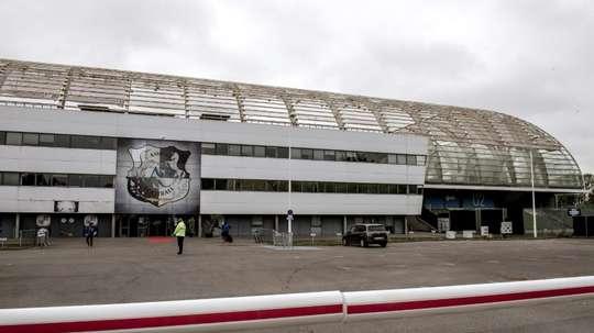 EL estadio de la Licorne tendrá gradas para estar de pie. AFP