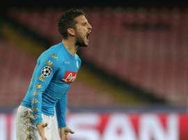 Nápoles bateu a Udinese por três bolas a zero. AFP