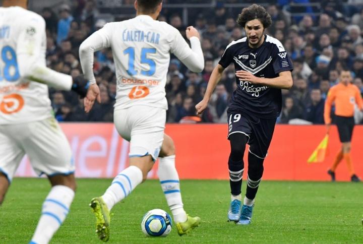 El Girondins pretende sacar entre 10 y 12 millones por Yacine Adli. AFP