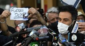 Le médecin de Maradona se défend après les accusations. AFP
