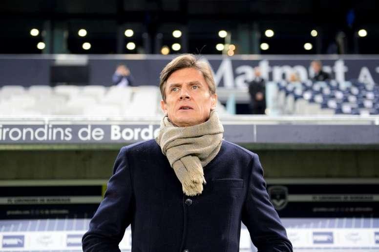Le futur maire de Bordeaux demande le départ du président Longuépée. AFP