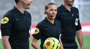 Stéphanie Frappart, première femme à diriger un match de C1. afp