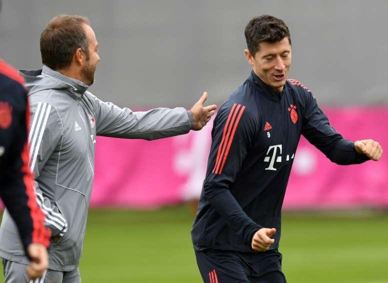 La derrota del Bayern no cambia el plan con Flick. AFP