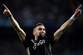 El Ajax comienza con una 'manita' que pudo ser aún más humillante. AFP