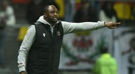 El entrenador se ha posicionado a favor del capitán. AFP
