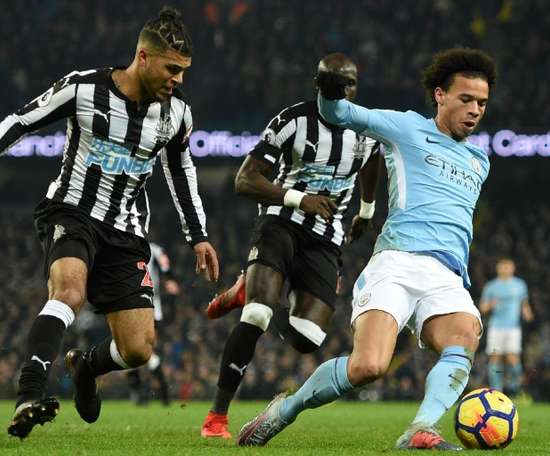 Yedlin in action against Manchester City at the Etihad. AFP