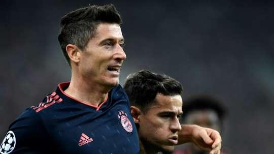 Lewandowski segue contando: 18 gols em 13 jogos. AFP