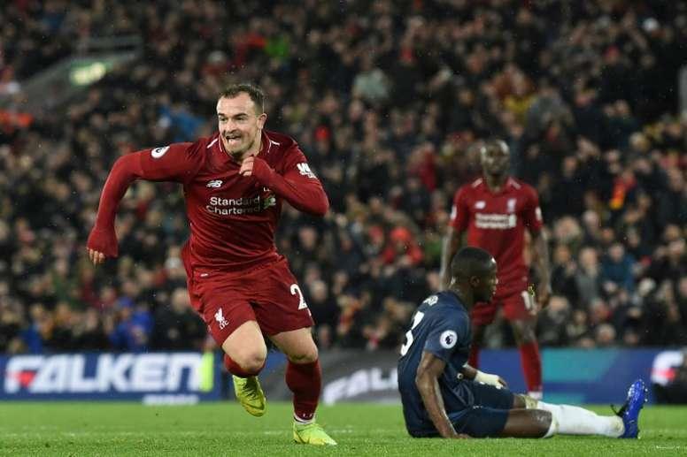 El Liverpool rechazó una oferta del Sevilla por Shaqiri. AFP