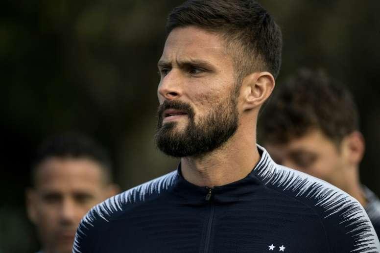 Giroud aceptaría la aventura del Palace. AFP